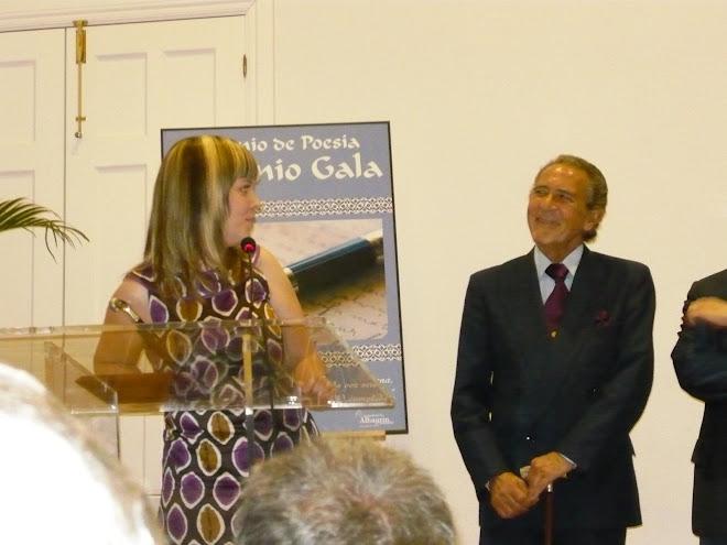 Entrega de premio de poesía Antonio Gala a Mª del Mar López Algaba