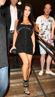 Kardashian Tight Dress on Wallpaper World  Kim Kardashian In Tight Dress