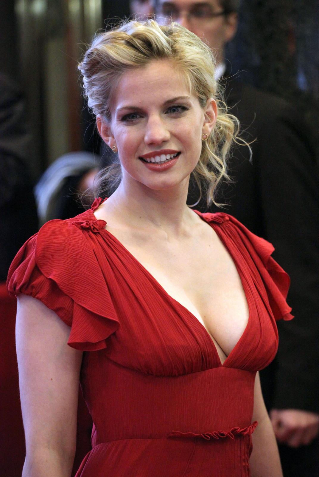 anna chlumsky 2011
