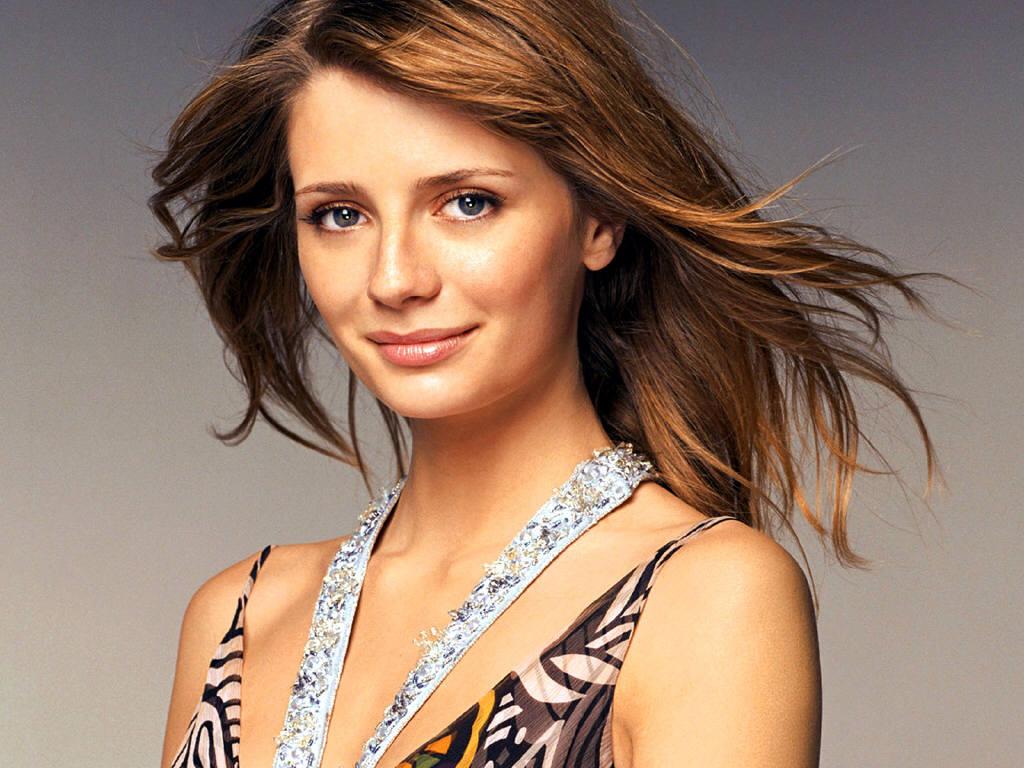 http://3.bp.blogspot.com/_ZRj5nlc3sp8/TCRAxmR-XDI/AAAAAAAAJWk/d09pco8NWiM/s1600/Mischa+Barton+-+A+Fantastic+Beauty+01.jpg