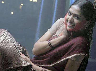 Sunaina in half saree cute photos 05