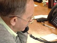 Allan Hundley, Baxter County Arkansas works the phones for John McCain in Ohio