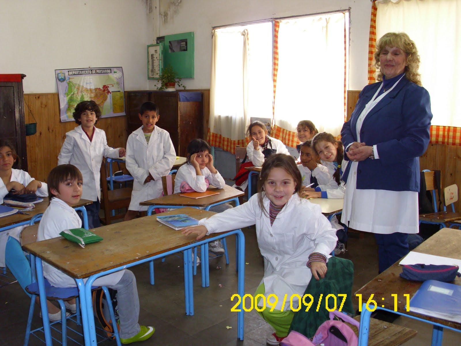 http://3.bp.blogspot.com/_ZU7NBBafr9g/TIeLi-TqDkI/AAAAAAAAAWE/F0ncW3UcAg0/s1600/experimentos+097.jpg