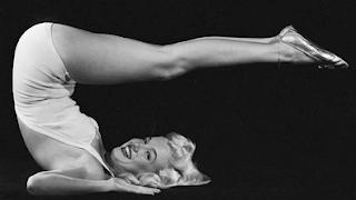 Marilyn haciendo gimnasia, la importancia de la disciplina
