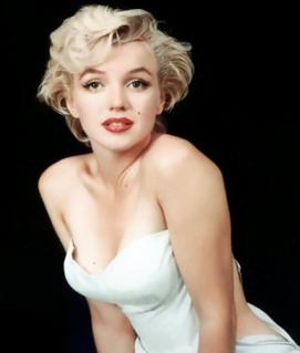 Marilyn sensual por su actitud