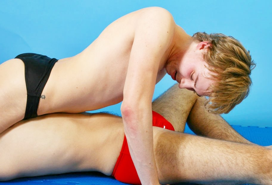 Beauty. Erotic roman wrestling video