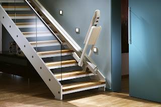 Powered Hinge Stairlift