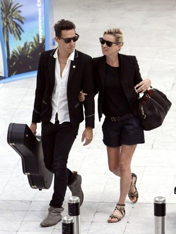 a8d2a8cea01a The Replica Handbags  Kate Moss in Louis Vuitton SC Suede Bag