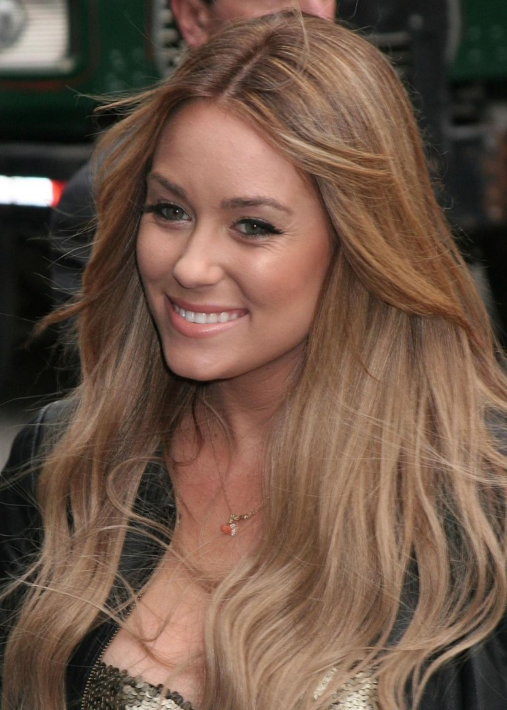 lauren conrad hair color 2010. I die for her hair colour on