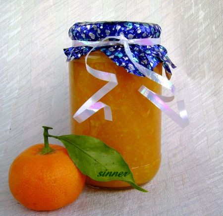 Homemade mandarin marmalade