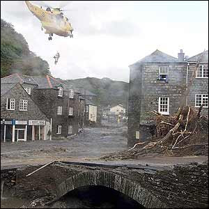 boscastle flood 2004 Medc case study: causes and effects of flooding in boscastle, uk (2004) causes over 60 mm of rainfall (typically a month's rainfall) fell in two hours.