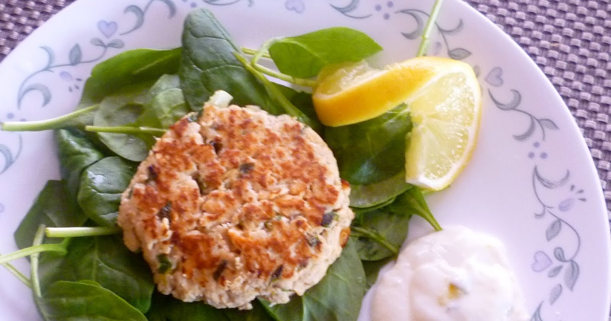 Salmon Burgers With Yogurt-Dill Sauce Recipe — Dishmaps