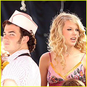 Taylor Swift Concert Columbus Ohio on Jared Kevin Jonas Taylor Swift Are A Cute Columbus Couple