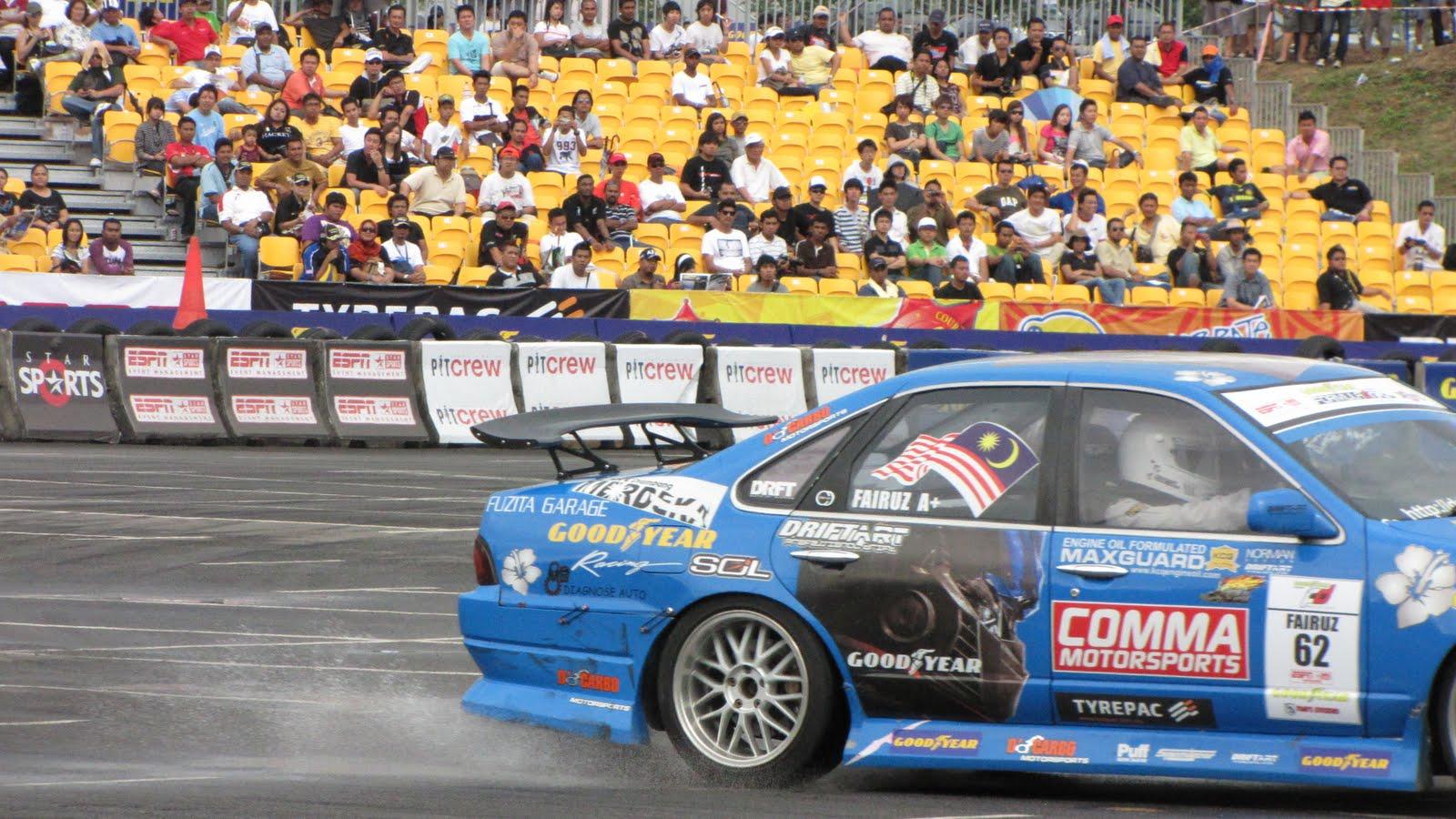 [goodyear+formula+drift+138.jpg]