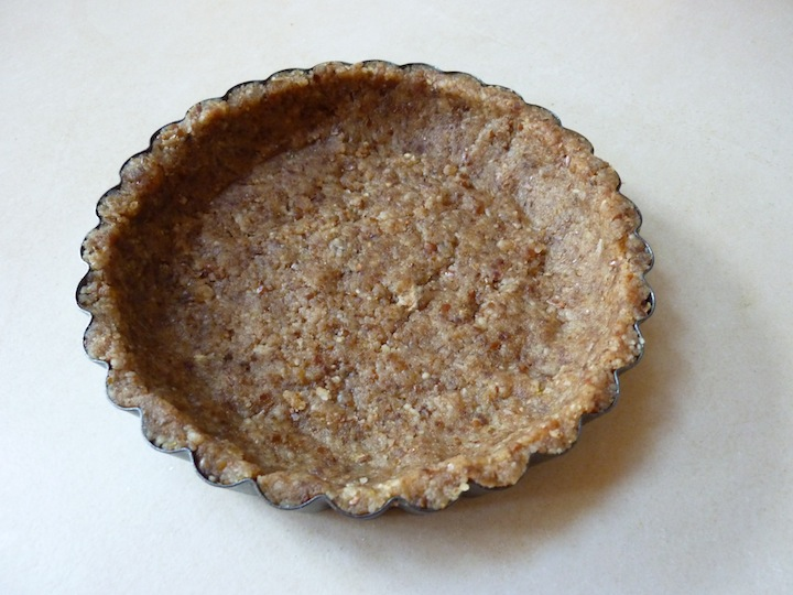 Go Nuts For This Raw Vegan Pecan Pie, Made As Cute Little Tarts - A ...