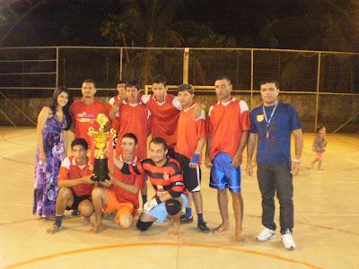 Alunos da Professora Orientadora Fernanda Moreira são os campeões do torneio de futsal do PROJOVEM URBANO do Núcleo Santo Izidoro