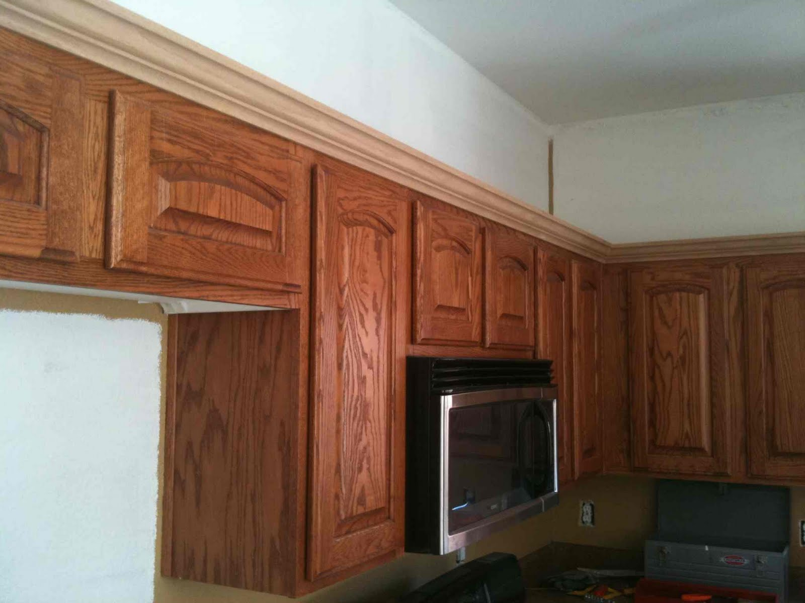 Best kitchen cabinet brands for Adding crown molding to existing kitchen cabinets