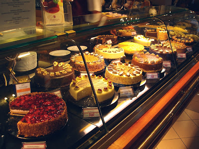 Opernpalais vitrine cake selection