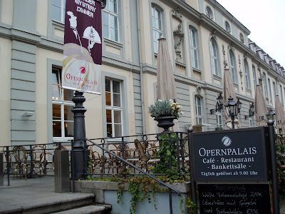 Opernpalais Mitte exterior Unter-den-Linden