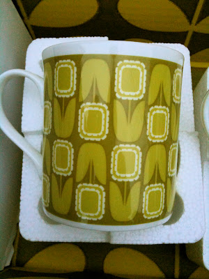 Orla Kiely mug packaging