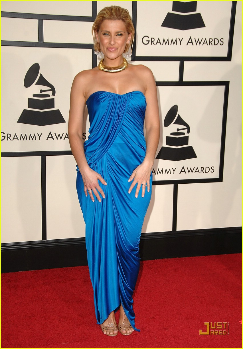 Nelly Furtado At The Beach In A Bikini - Candid Celebrity ...