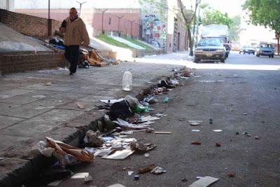 Cuidemos el medio ambiente basura en las calles for Como saber si me afecta clausula suelo