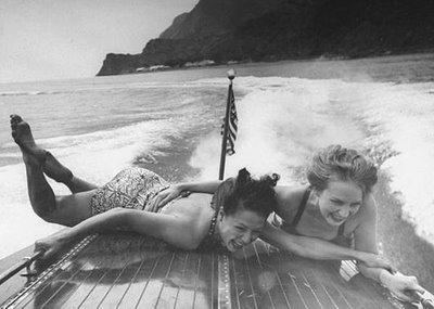 [black+&+white+girls+on+boat]