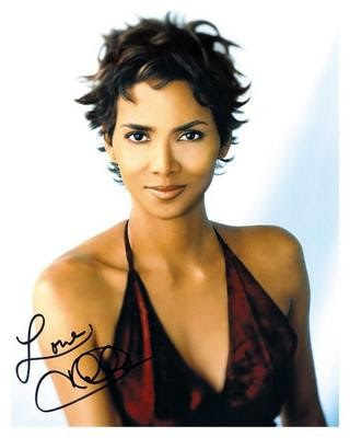 halle berry catwoman haircut. Thinnerhalle erry is super