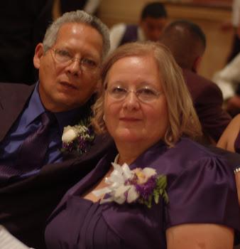 Pastores Victor y Maria Martinez