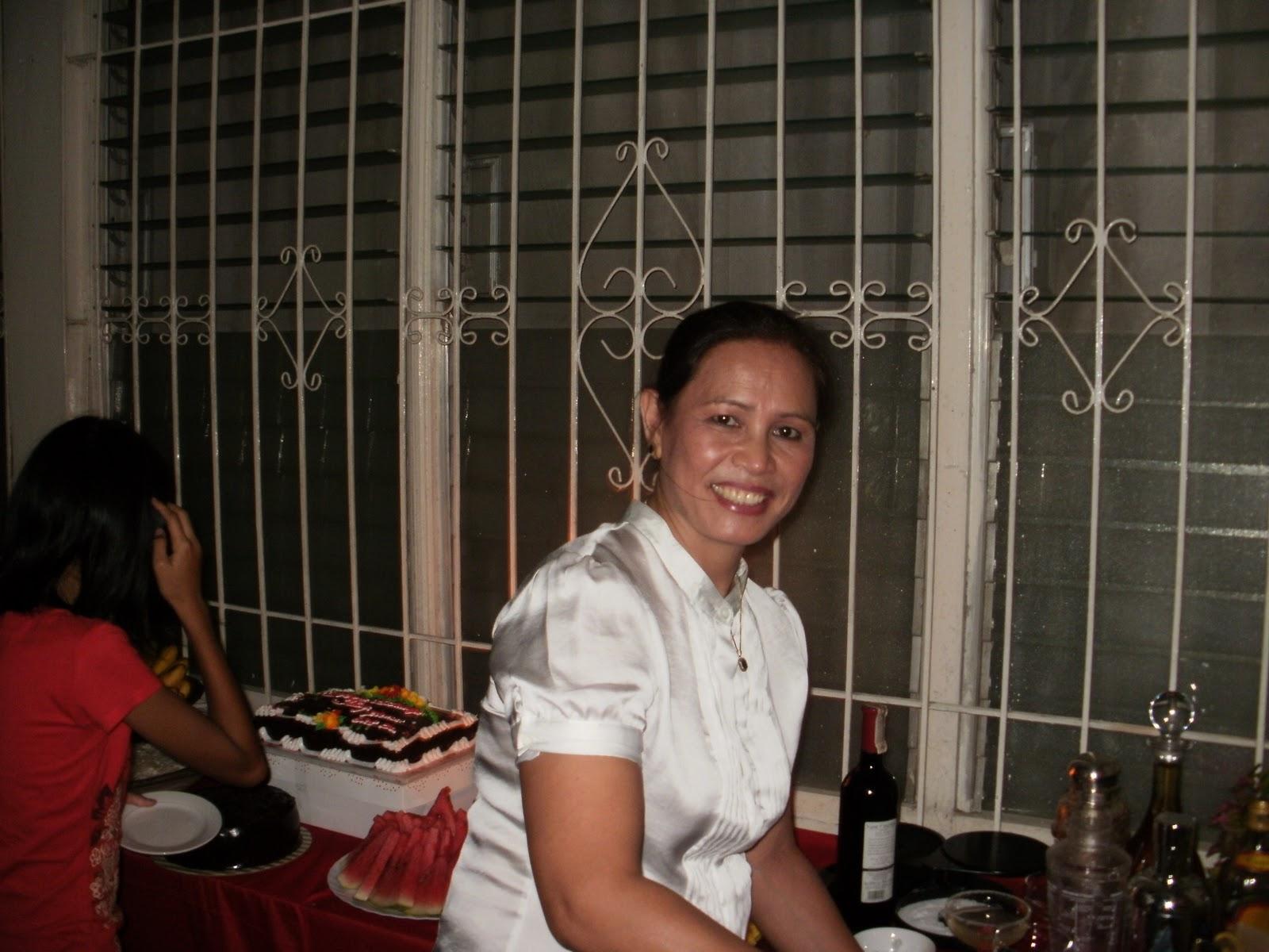 Kingpin Landlady Gif Landlady  happy birthdayKingpin Landlady Gif