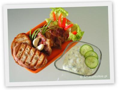 Karczek z grilla elektrycznego z tzatzikami - szybkie smaczne danie