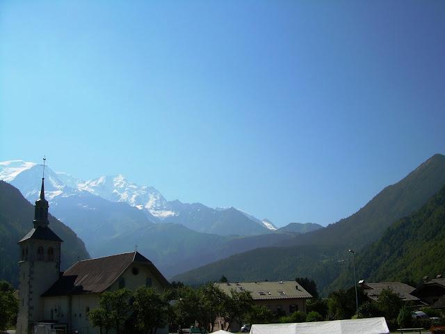 Le Mont Blanc vu depuis Servoz