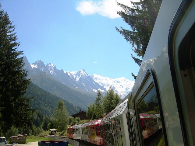 le mont blanc vu depuis le train