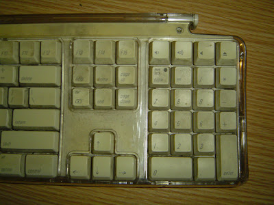 dirty apple keyboard 02