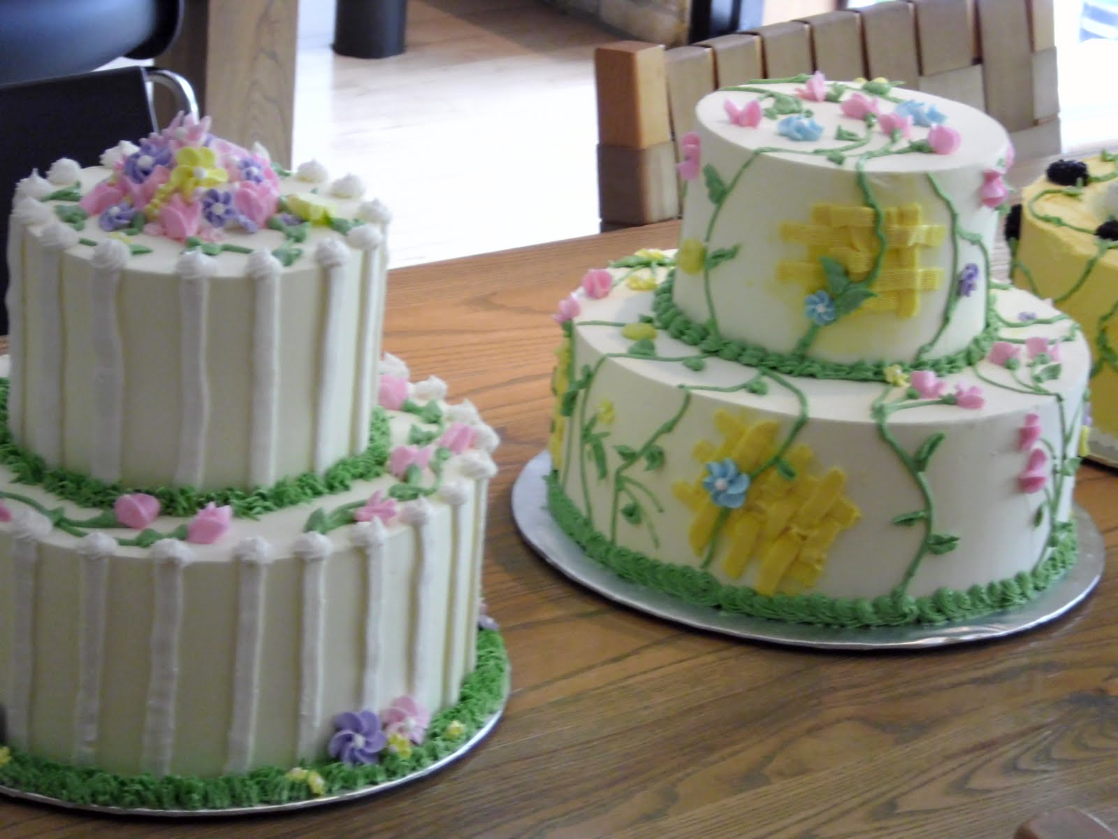 Pat Cooks and Bakes: Cake Decorating for Fun