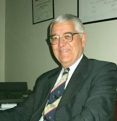 Dr.MIGUEL A.LACOUR