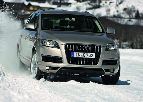 2011 Audi Q7 Interior. Tags:audi q7 2011 overview