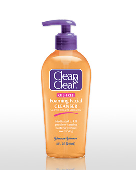 [Image: clean+and+clear+cleanser_06232010224949.jpg]