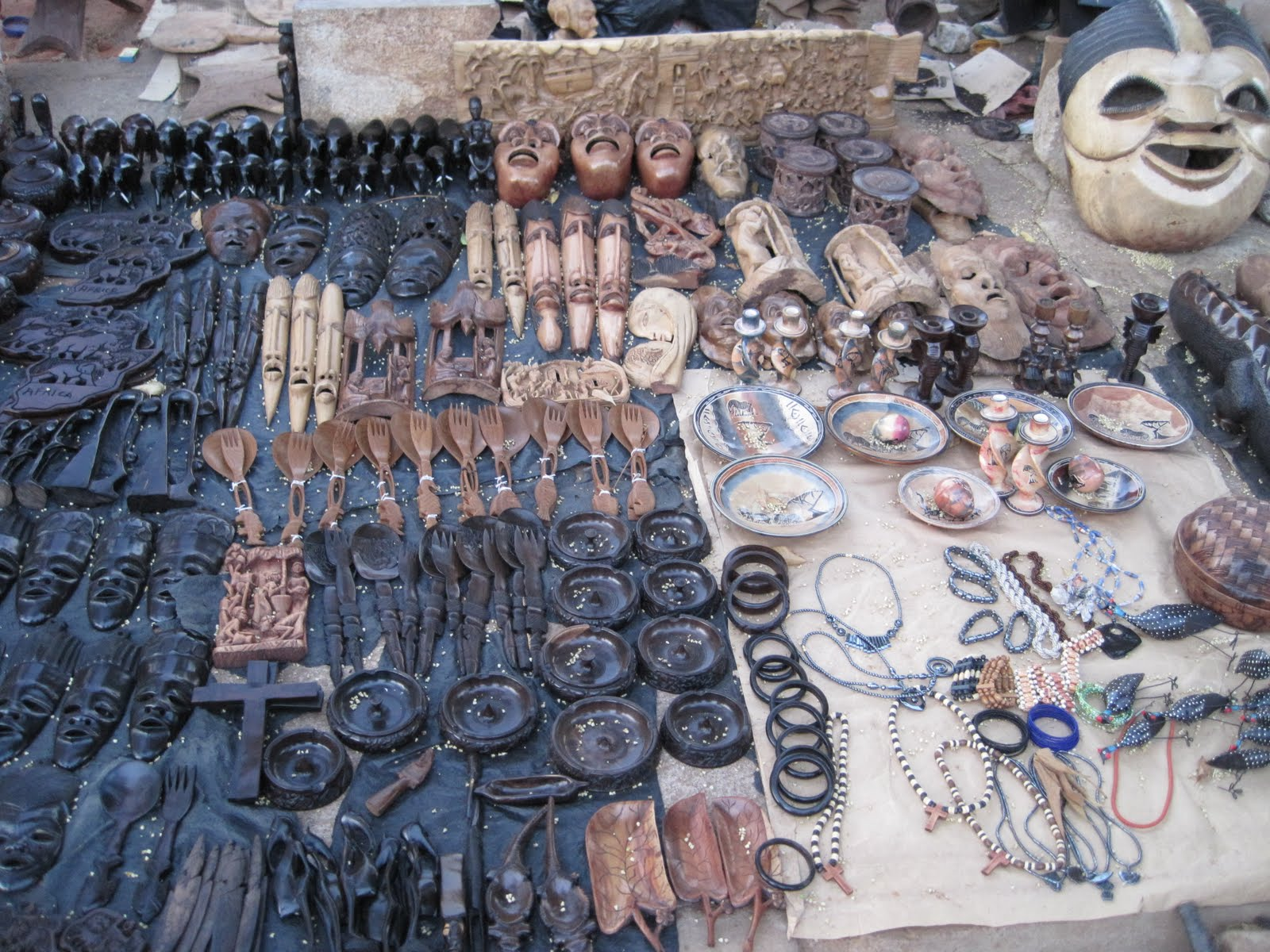 Africa lilongwe wood carving market