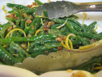 One Couple's Kitchen: Green Beans and Walnuts with Lemon Vinaigrette