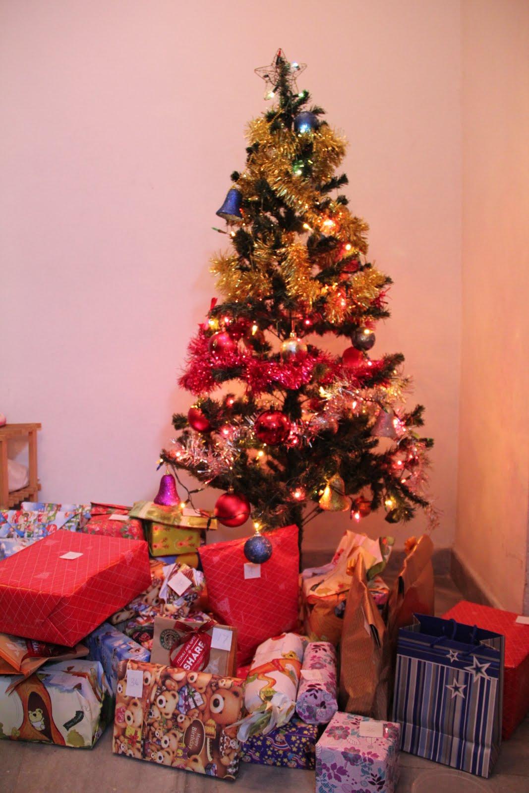 christmas celebration, christmas celebration clip art, family christmas celebration, christmas celebration mannheim, cartoon christmas celebration-57