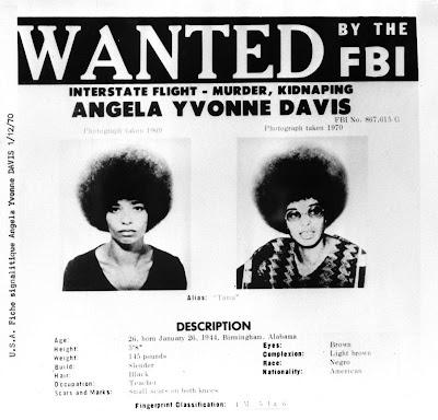 http://3.bp.blogspot.com/_ZtoGqHR5tuo/SjgoUSw_ttI/AAAAAAAAAsA/-2ytiJ9AXb8/s400/Angela-Davis.jpg