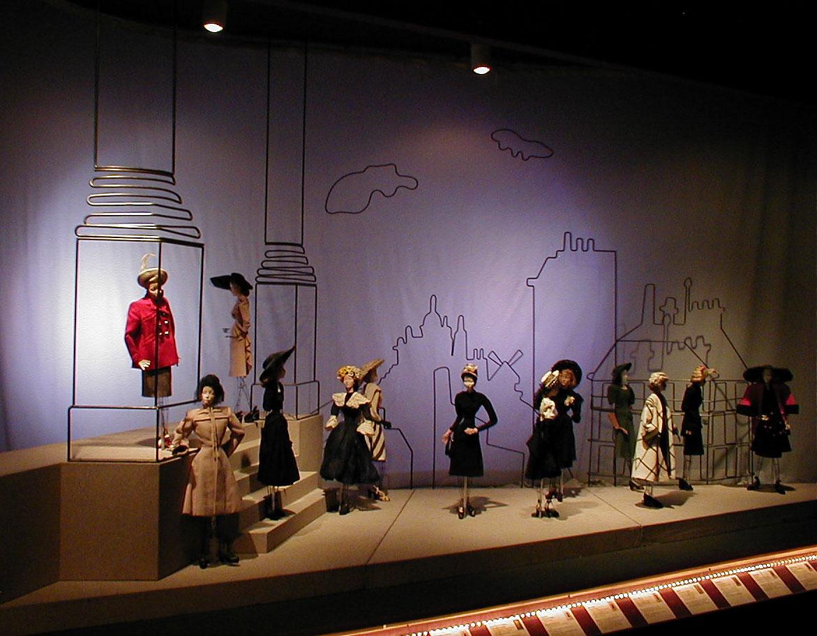 The fashion doll review theatre de la mode rebuilding for 13 a table theatre saint georges