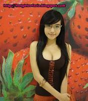 Elly Tran Ha / Elly Kim Hong / Elly Bồ Công Anh a cute hottie from Vietnam