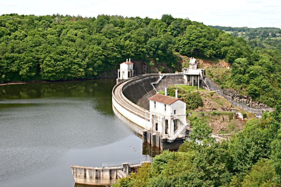 dam at the lake in Eguzon