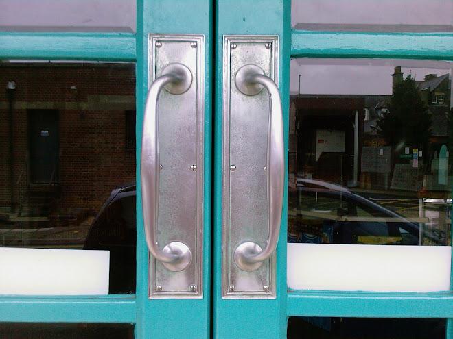 CIMEMA DOORS