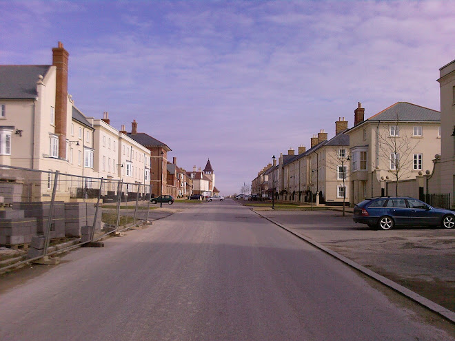 WIDE ROAD, POUNDBURY  -  STILL UNDER CONSTRUCTION