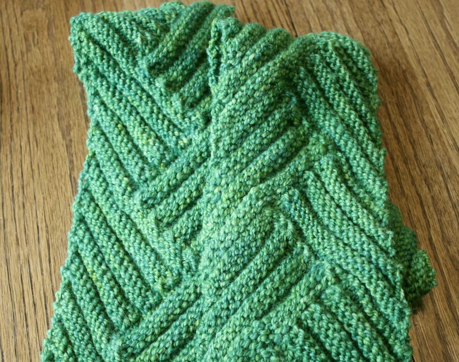 Short Row Scarf Knitting Pattern : Needles of Iron: February 2011