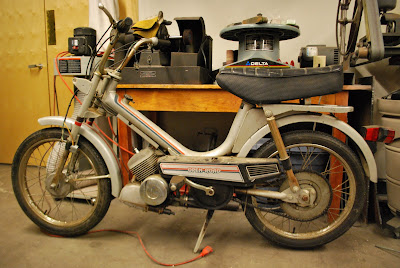 Site Blogspot  Bike Moped on Of The Seattle Moped And The Japanese Honda Not A Pedal Bike But