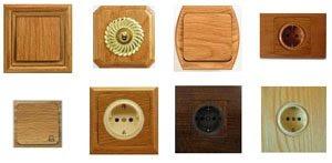 madera en interruptores y enchufes